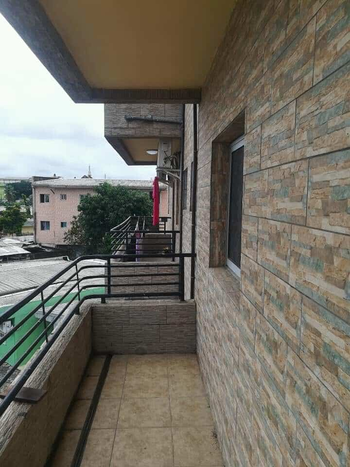 Apartment to rent - Douala, Makepe, Ver belavie - 1 living room(s), 3 bedroom(s), 3 bathroom(s) - 220 000 FCFA / month