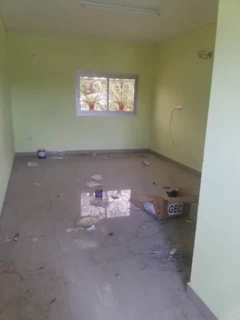 Apartment to rent - Douala, Logbessou I, Ver le stade njoh - 1 living room(s), 2 bedroom(s), 1 bathroom(s) - 70 000 FCFA / month