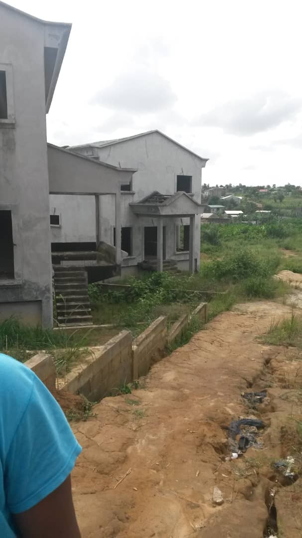 Land for sale at Douala, Kotto, kotto grand boulevard - 400 m2 - 36 000 000 FCFA