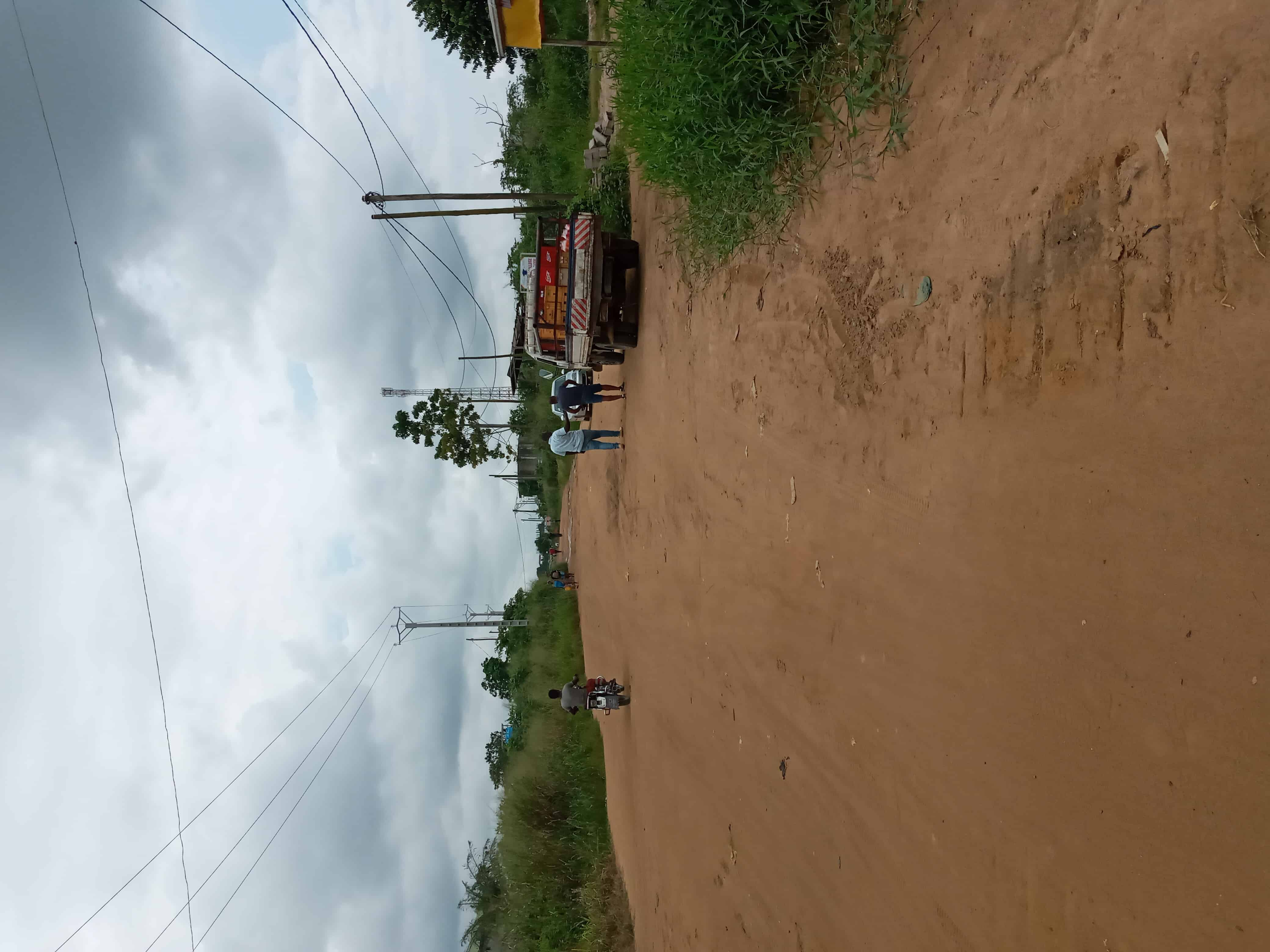 Land for sale at Douala, Lendi, Après la chefferie - 694 m2 - 14 000 000 FCFA