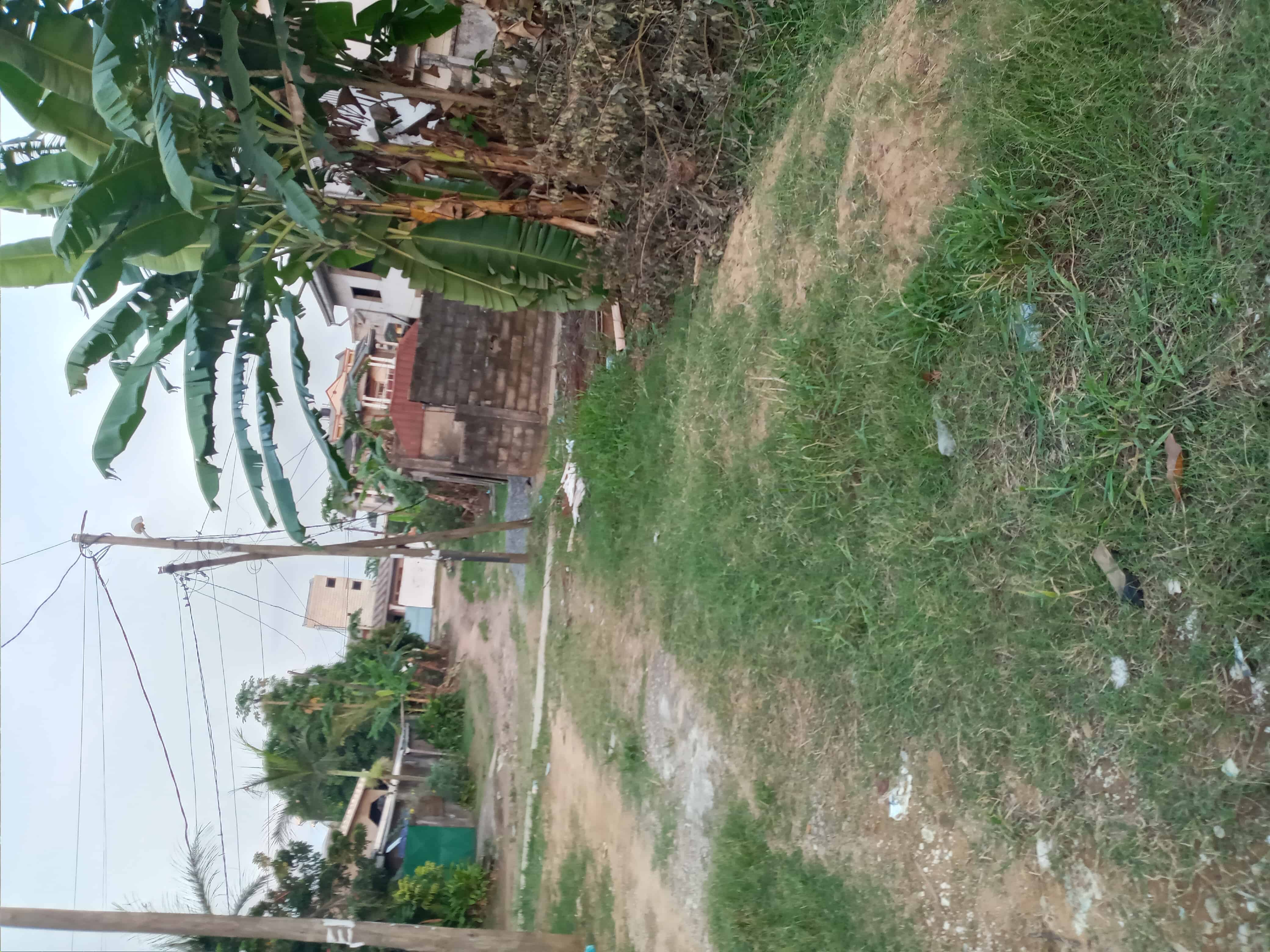 Land for sale at Douala, Makepe, Face écoles sira - 600 m2 - 32 000 000 FCFA