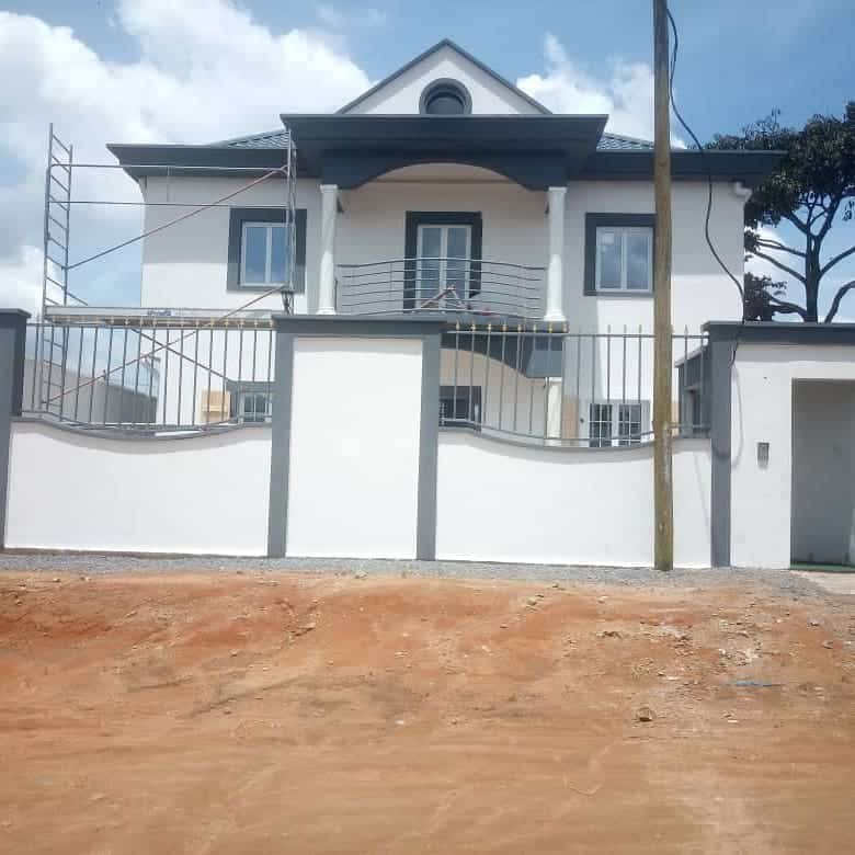 House (Duplex) for sale - Douala, Yassa, Parizo - 2 living room(s), 6 bedroom(s), 6 bathroom(s) - 130 000 000 FCFA / month