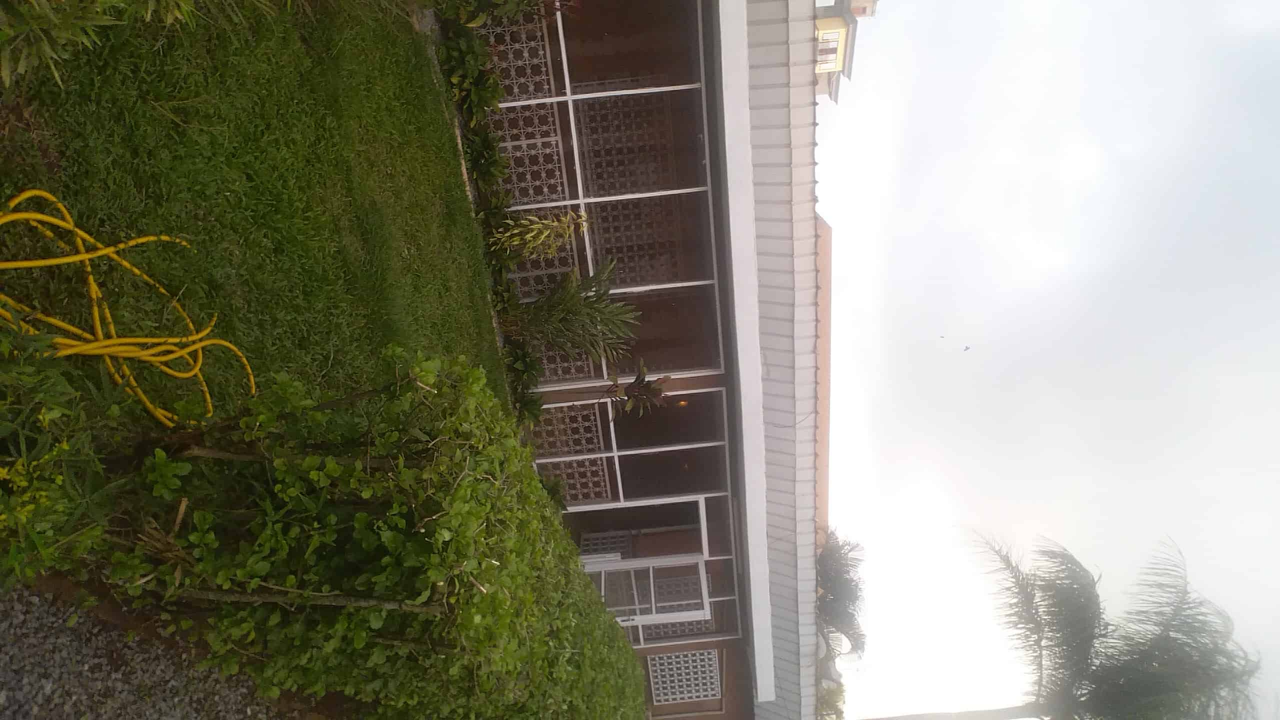 House (Villa) to rent - Yaoundé, Bastos, Mini prix bastos - 1 living room(s), 3 bedroom(s), 3 bathroom(s) - 850 000 FCFA / month
