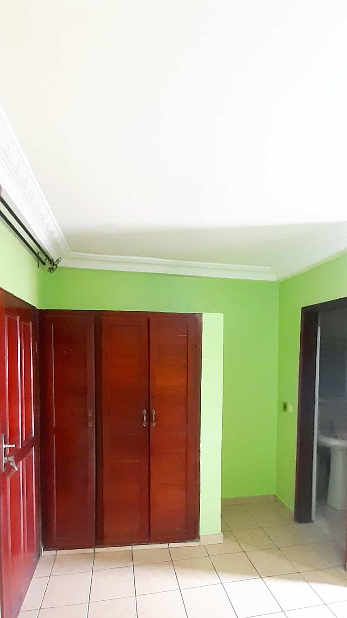Studio to rent - Douala, Akwa I, NDOG-BONG - 85 000 FCFA / month