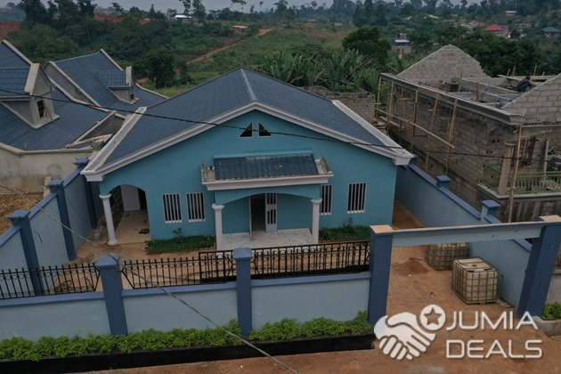 House (Villa) for sale - Yaoundé, Olembe, yaoundé - 1 living room(s), 3 bedroom(s), 2 bathroom(s) - 59 000 000 FCFA / month