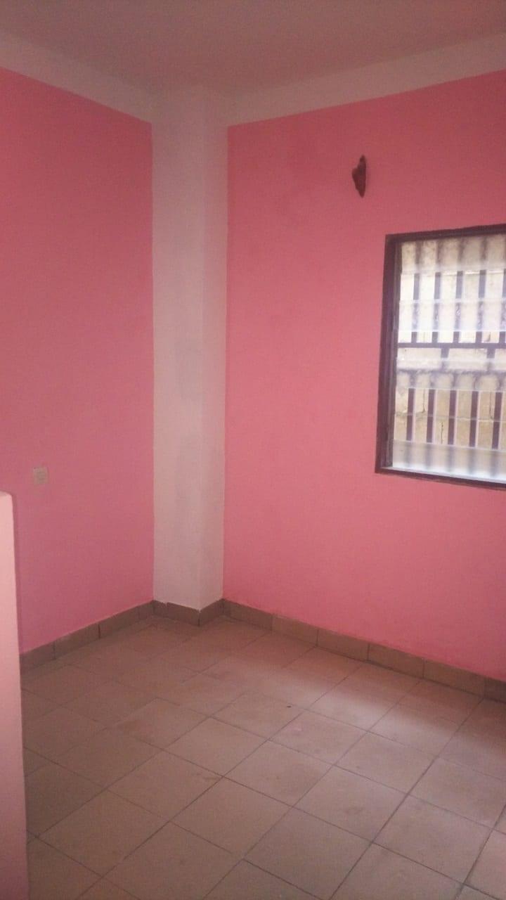 Chambre à louer - Douala, Cité SIC, Stade CICAM - 45 000 FCFA / mois