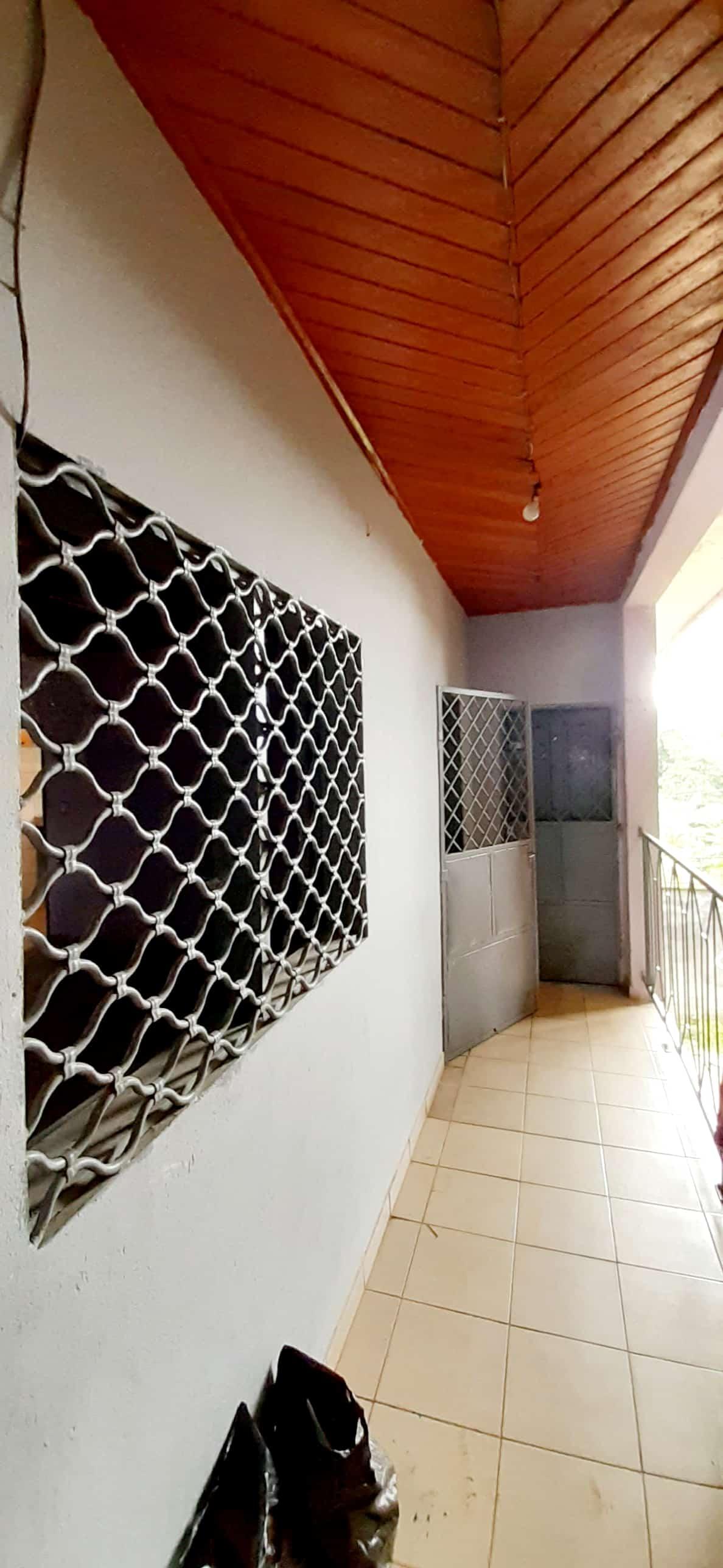 Apartment to rent - Douala, Kotto, Kotto Nbangue - 1 living room(s), 2 bedroom(s), 1 bathroom(s) - 75 000 FCFA / month
