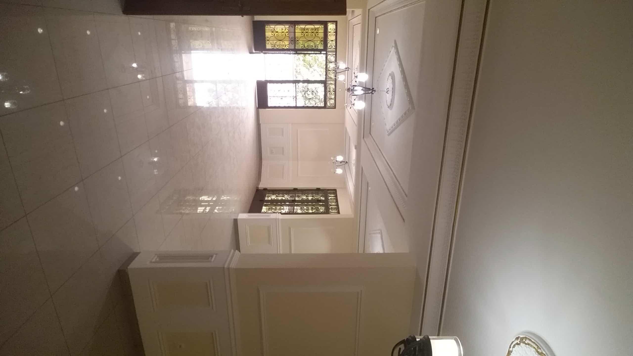 Appartement à louer - Yaoundé, Bastos, Ambassade de Chine - 2 salon(s), 3 chambre(s), 4 salle(s) de bains - 1 300 000 FCFA / mois