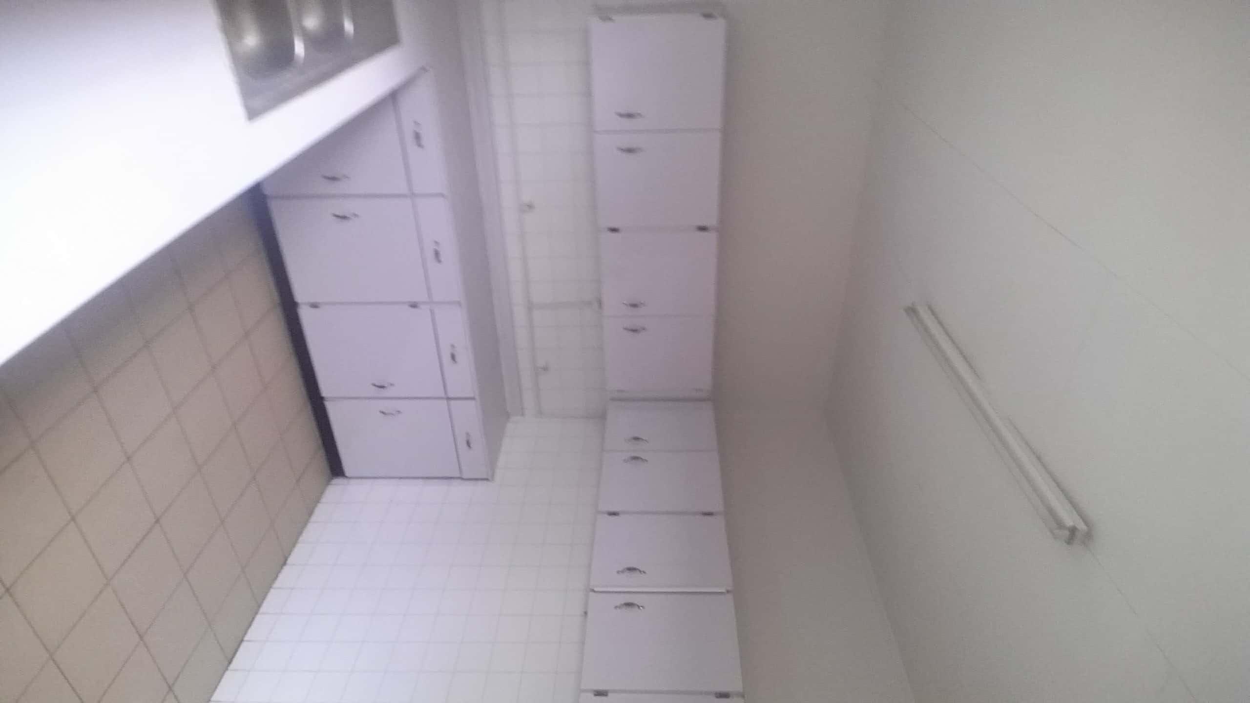 House (Villa) to rent - Yaoundé, Bastos, Carrefour bastos - 1 living room(s), 4 bedroom(s), 4 bathroom(s) - 1 800 000 FCFA / month