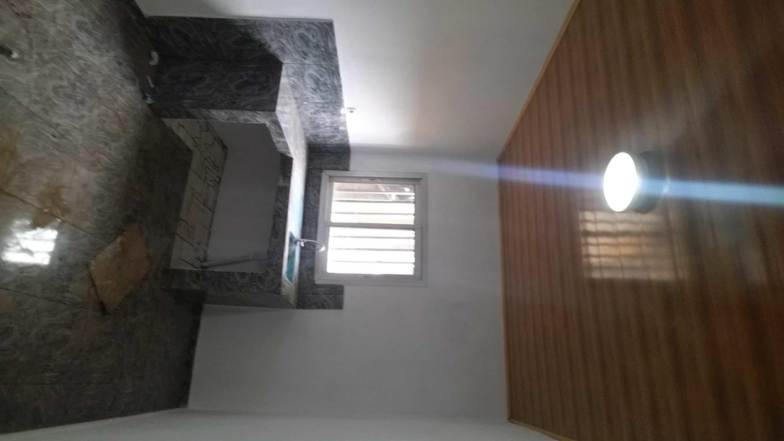 Apartment to rent - Yaoundé, Mimboman II, Opep - 1 living room(s), 3 bedroom(s), 2 bathroom(s) - 120 000 FCFA / month