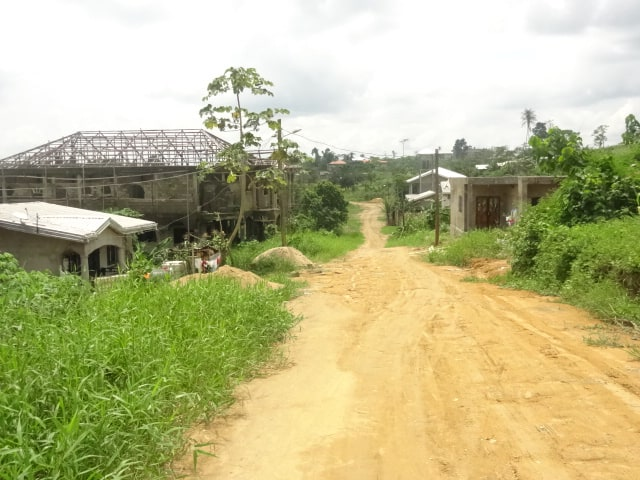 Terrain à vendre - Douala, Lendi, Bonabéyikè (Après la ferme) - 3000 m2 - 8 500 000 FCFA