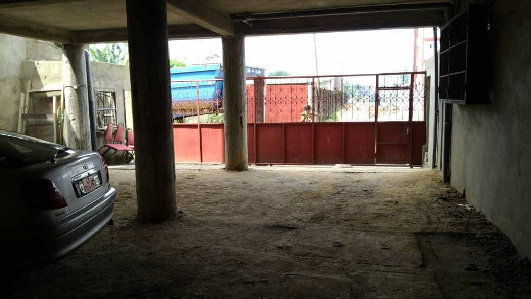 Apartment to rent - Douala, Ndogbong, Ver bel aire - 1 living room(s), 2 bedroom(s), 2 bathroom(s) - 130 000 FCFA / month