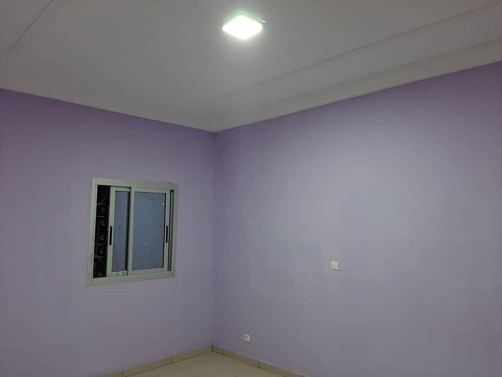 Apartment to rent - Douala, Ndogpassi I, Ver le 14ème - 1 living room(s), 2 bedroom(s), 2 bathroom(s) - 100 000 FCFA / month