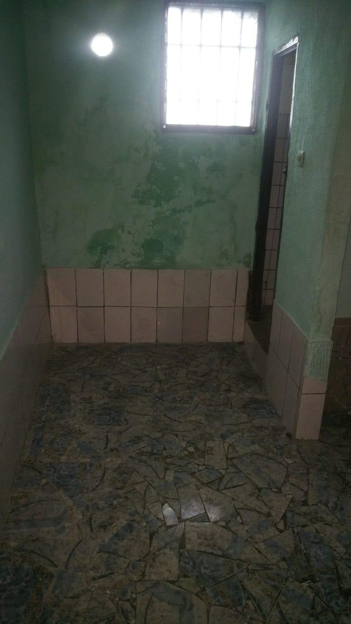 Apartment to rent - Douala, Cité SIC, Ancien dépôt des planches - 1 living room(s), 1 bedroom(s), 1 bathroom(s) - 45 000 FCFA / month