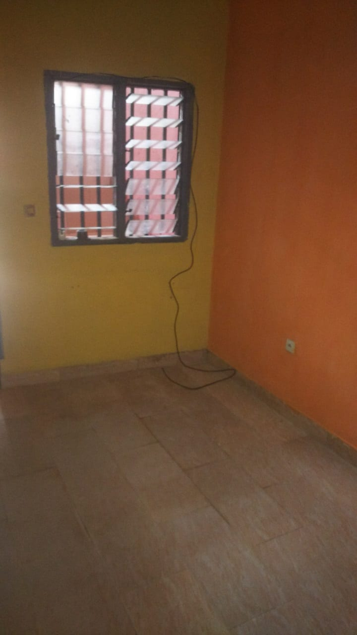 Studio to rent - Douala, Cité SIC, Ange Raphaël - 30 000 FCFA / month