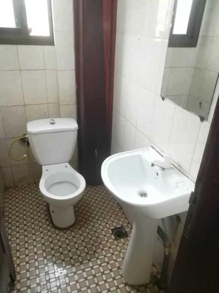 Apartment to rent - Douala, Logpom, Appartement à louer à Logpom - 1 living room(s), 2 bedroom(s), 2 bathroom(s) - 90 000 FCFA / month