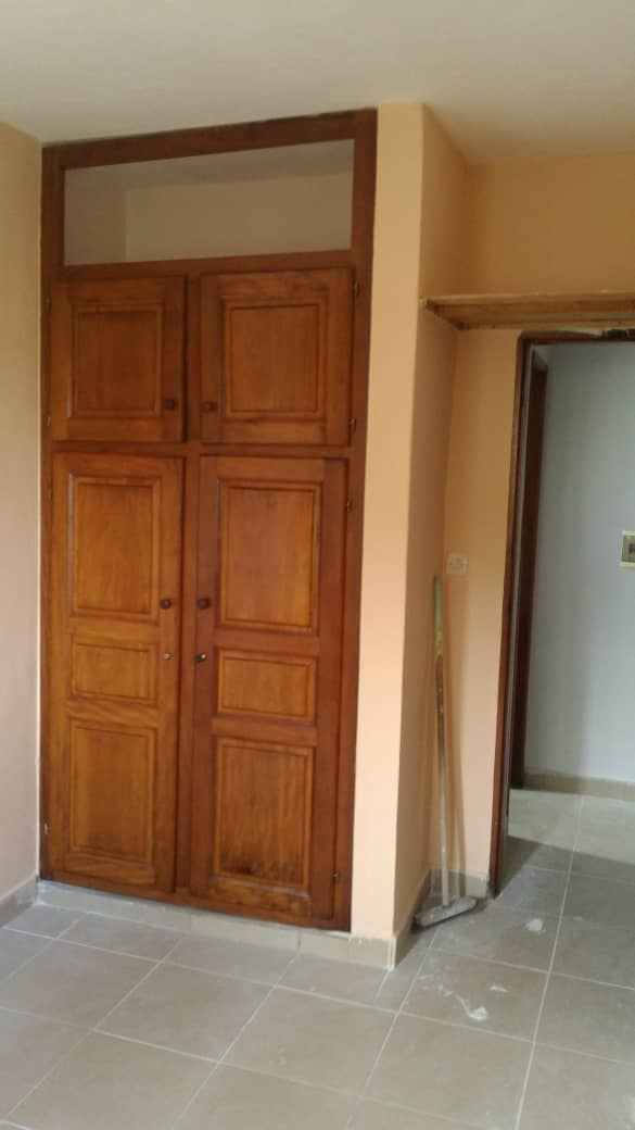 Apartment to rent - Douala, Makepe, Bm - 1 living room(s), 1 bedroom(s), 1 bathroom(s) - 85 000 FCFA / month