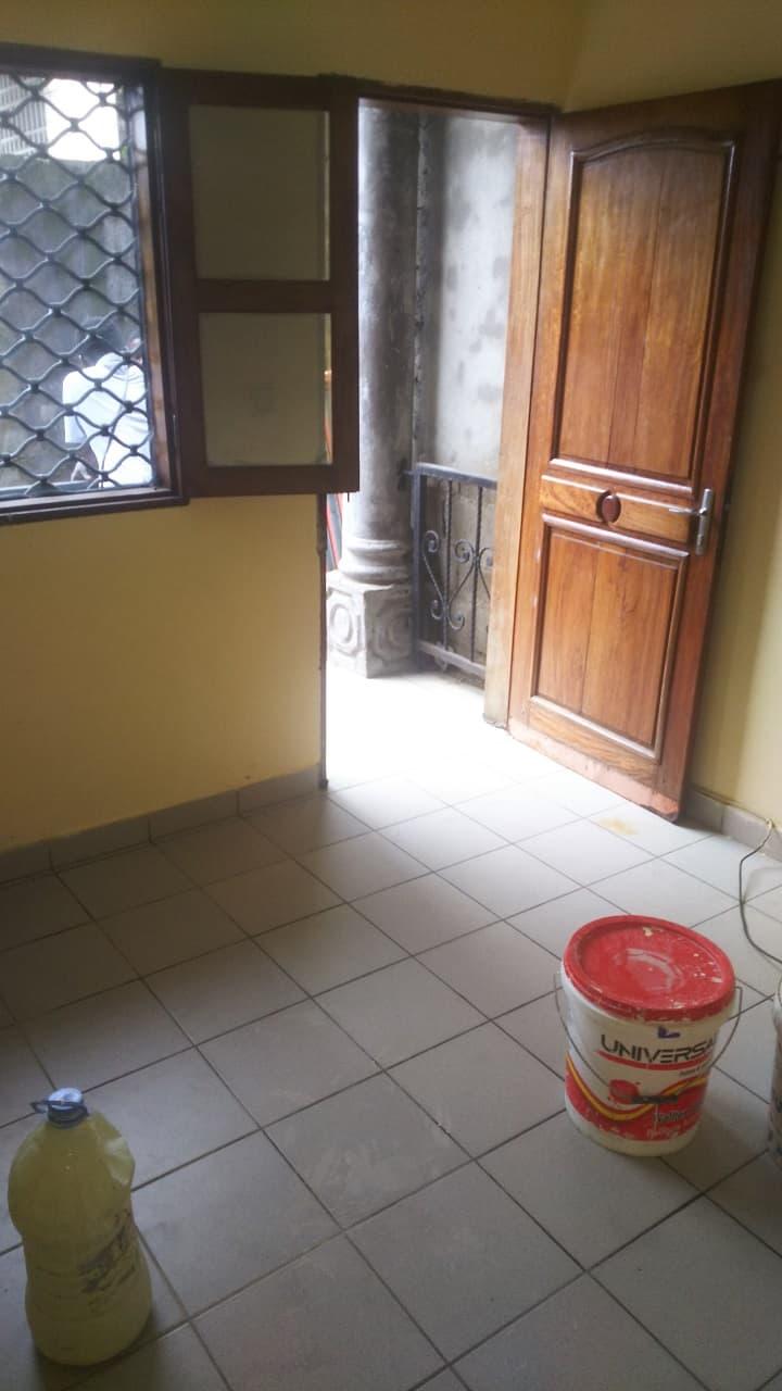 Chambre à louer - Douala, Cité SIC, Stade CICAM - 30 000 FCFA / mois