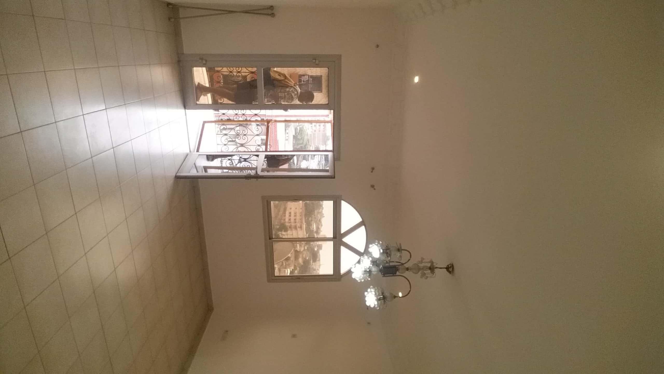 Apartment to rent - Yaoundé, Mfandena, Omnisport - 1 living room(s), 2 bedroom(s), 3 bathroom(s) - 200 000 FCFA / month