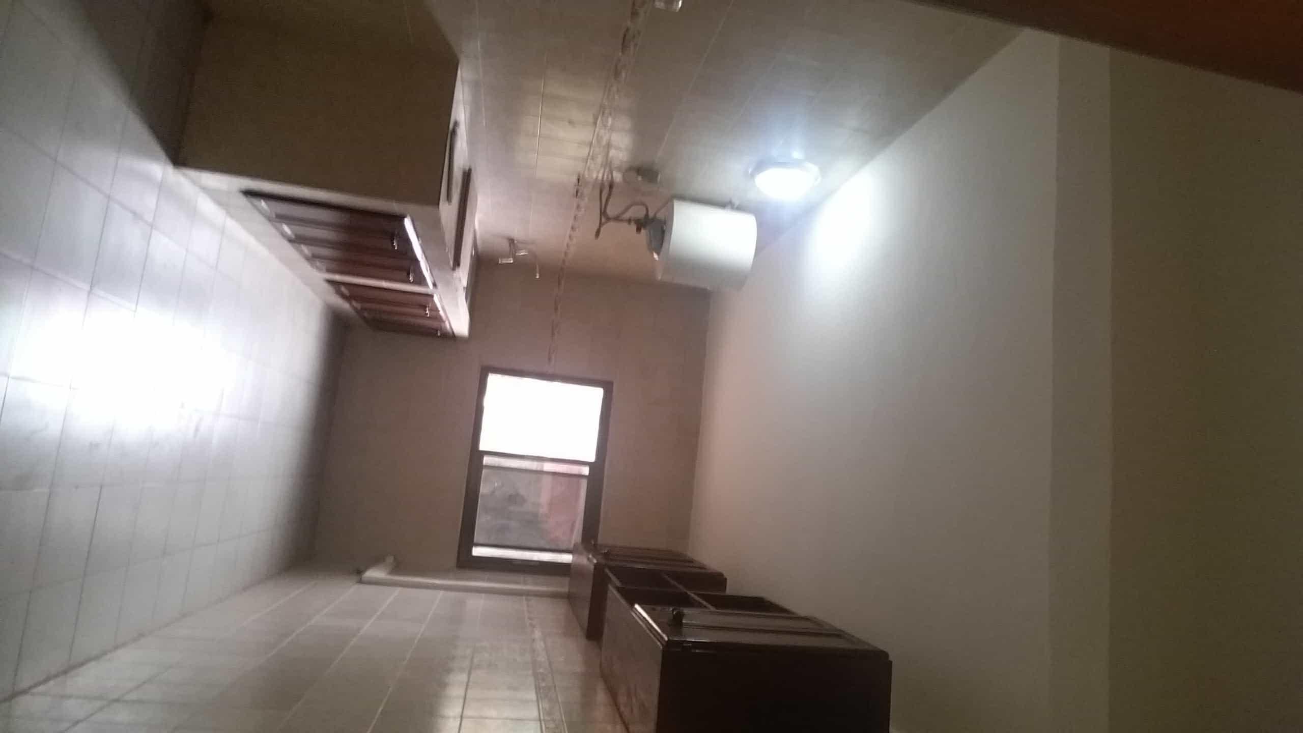 Apartment to rent - Yaoundé, Bastos, Golf (USA) - 2 living room(s), 3 bedroom(s), 3 bathroom(s) - 850 000 FCFA / month