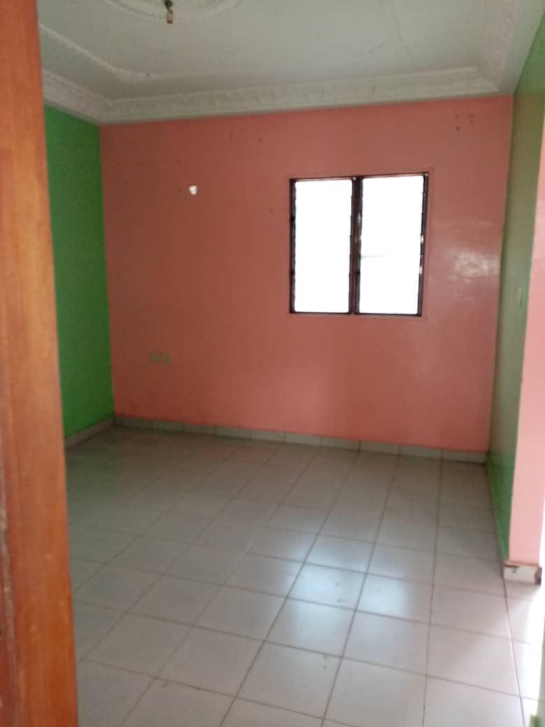 Apartment to rent - Douala, Bangue, Kotto - 1 living room(s), 2 bedroom(s), 2 bathroom(s) - 70 000 FCFA / month