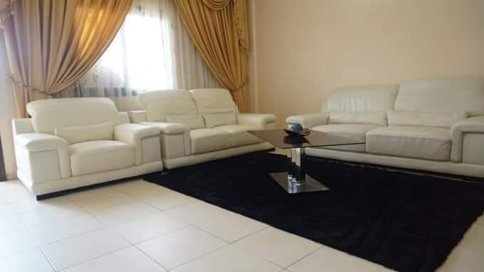 Apartment to rent - Yaoundé, Bastos, Bastos - 1 living room(s), 2 bedroom(s), 3 bathroom(s) - 70 000 FCFA / month