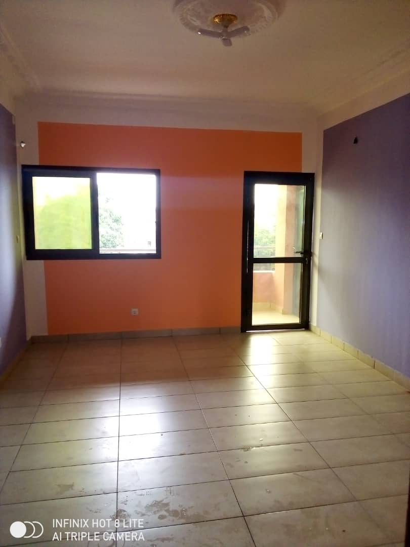 Apartment to rent - Douala, PK 14, C'est a pk13 - 1 living room(s), 1 bedroom(s), 1 bathroom(s) - 75 000 FCFA / month
