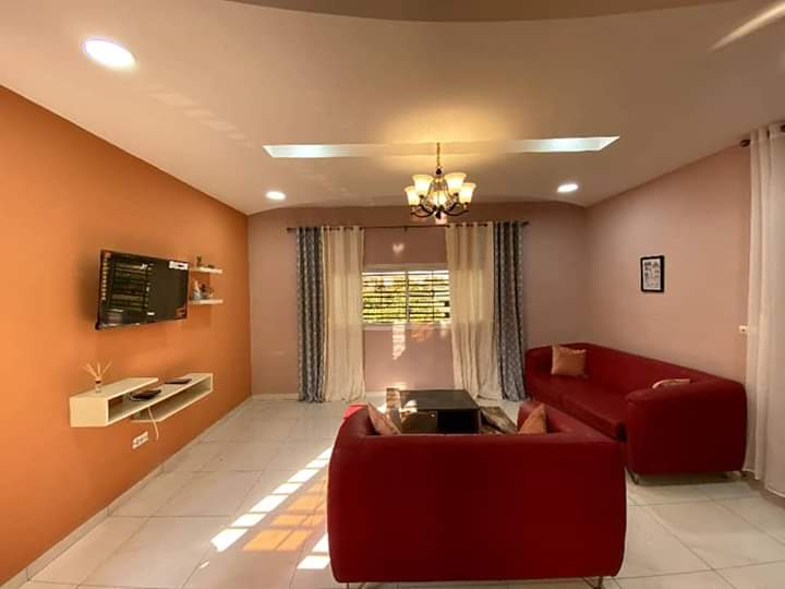 Apartment to rent - Yaoundé, Mfandena, Omnisport - 1 living room(s), 1 bedroom(s), 1 bathroom(s) - 40 000 FCFA / month