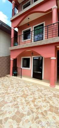 Apartment to rent - Douala, Akwa I, Après la résidence Kotto - 1 living room(s), 2 bedroom(s), 1 bathroom(s) - 100 FCFA / month