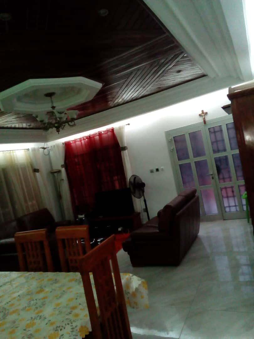House (Villa) for sale - Douala, Bangue, Kotto - 1 living room(s), 3 bedroom(s), 2 bathroom(s) - 45 000 000 FCFA / month