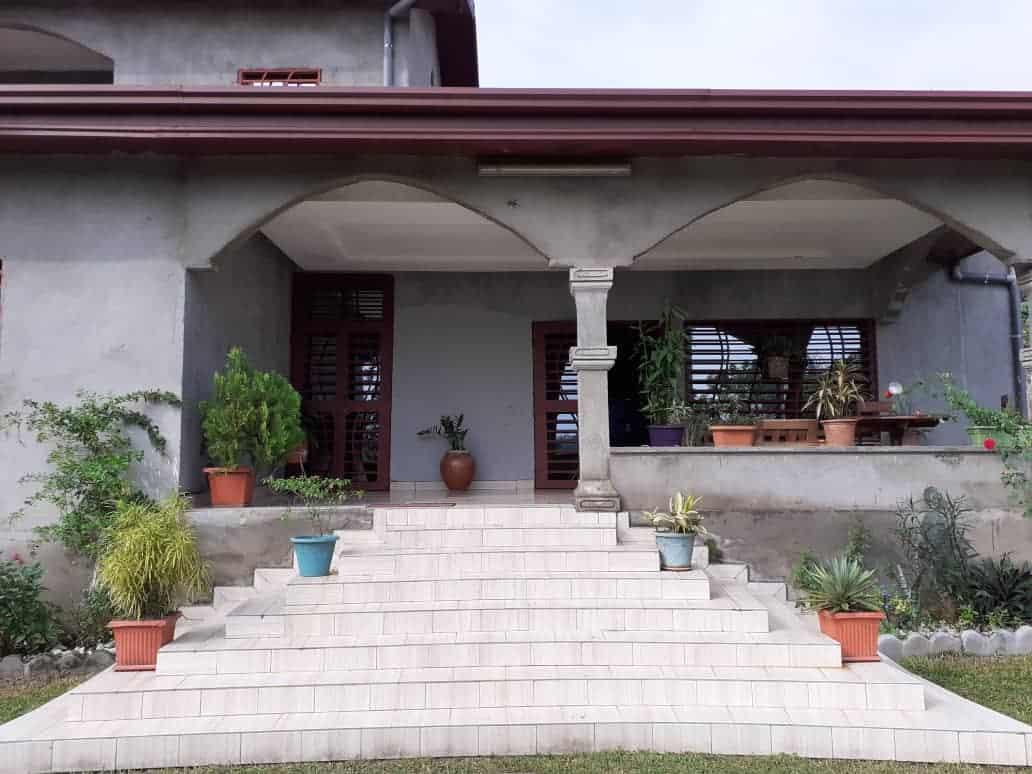 House (Villa) for sale - Douala, Bonaberi, Ver bomono - 1 living room(s), 4 bedroom(s), 3 bathroom(s) - 70 000 000 FCFA / month