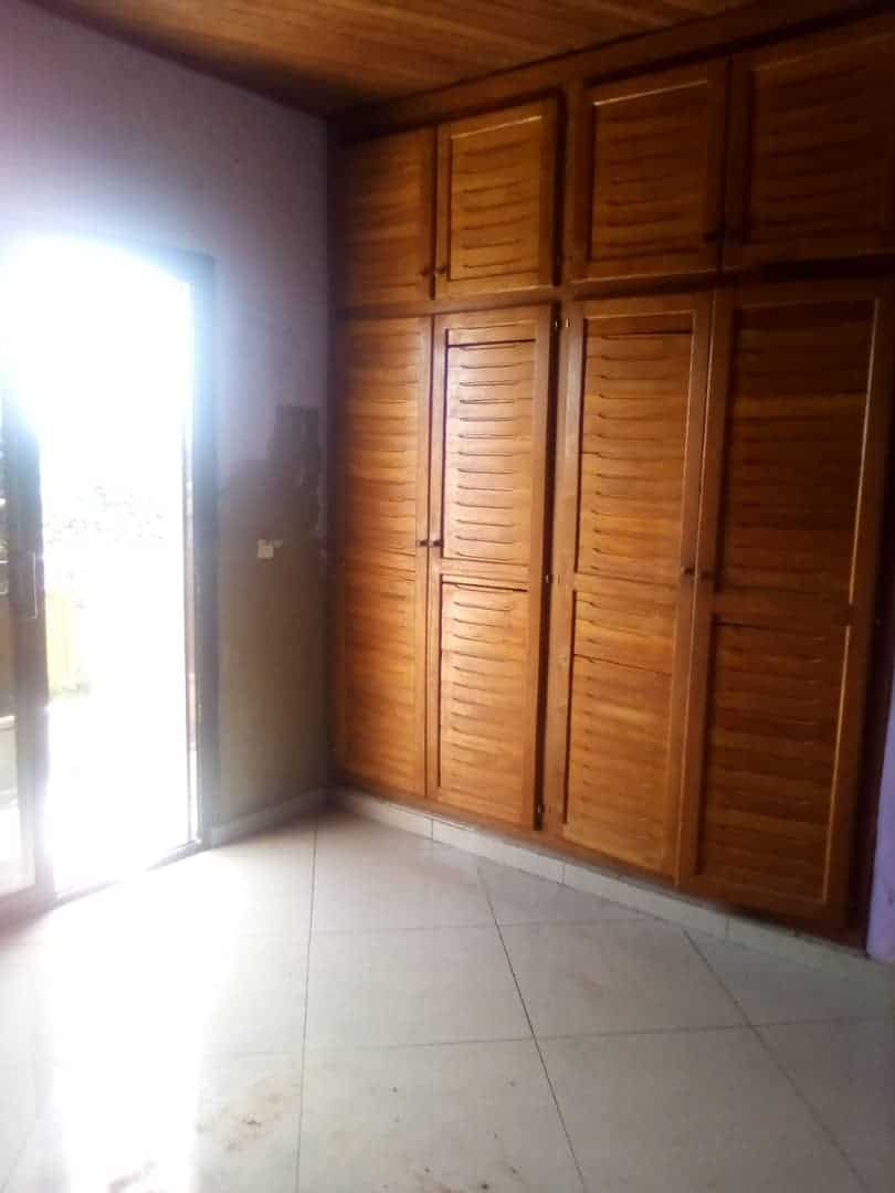 Apartment to rent - Douala, Kotto, Ver residence - 1 living room(s), 1 bedroom(s), 1 bathroom(s) - 80 000 FCFA / month