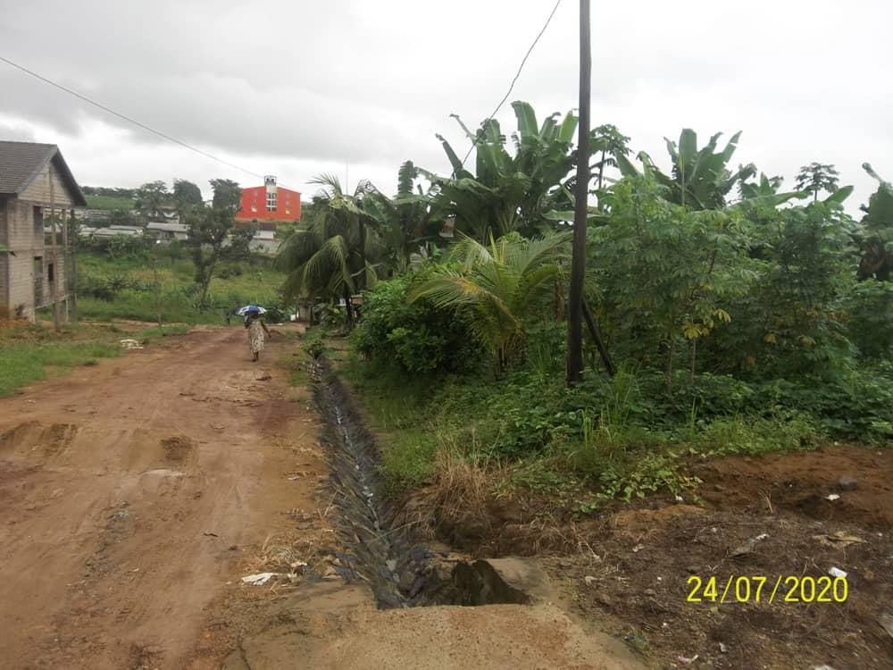 Land for sale at Douala, Yassa, Pariso - 752 m2 - 37 500 000 FCFA