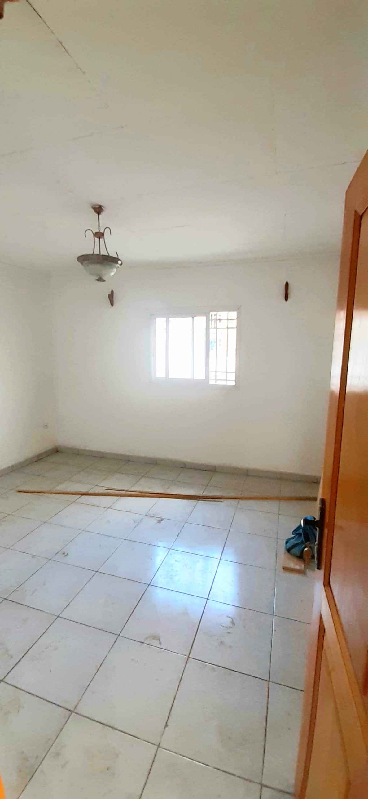 Apartment to rent - Douala, Bepanda, Bepanda mala - 1 living room(s), 1 bedroom(s), 1 bathroom(s) - 70 000 FCFA / month