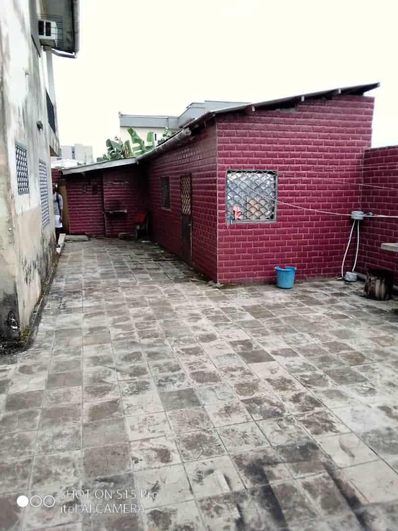 House (Duplex) to rent - Douala, Makepe, Ver st Tropez - 2 living room(s), 5 bedroom(s), 5 bathroom(s) - 500 000 FCFA / month
