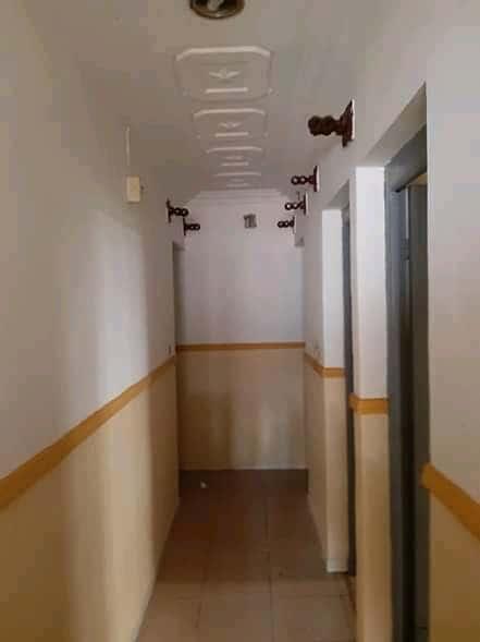 House (Villa) to rent - Douala, Bonamoussadi, Ver carrefour maçon - 1 living room(s), 3 bedroom(s), 2 bathroom(s) - 200 000 FCFA / month