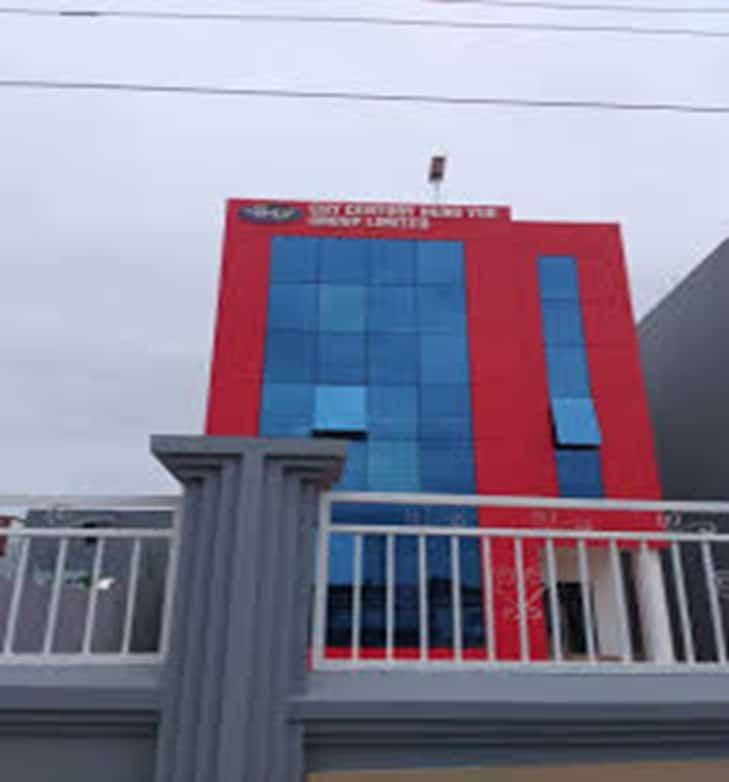 Shop for sale at Yaoundé, Biyem-Assi, 300 - 500 m2 - 1 176 000 FCFA