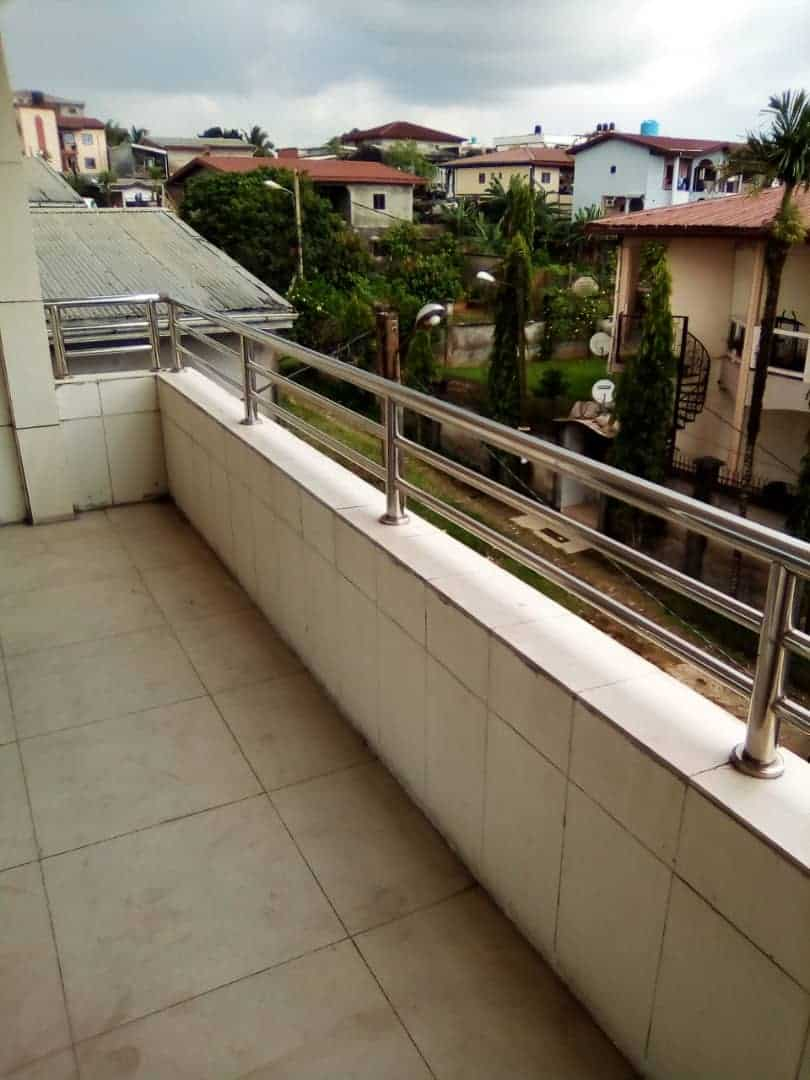 Apartment to rent - Douala, Makepe, Ver st Tropez - 1 living room(s), 3 bedroom(s), 3 bathroom(s) - 250 000 FCFA / month