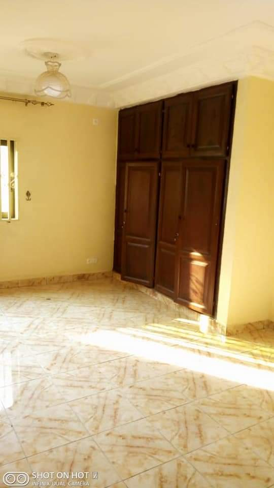 Apartment to rent - Douala, PK 14, C'est a pk13 - 1 living room(s), 2 bedroom(s), 2 bathroom(s) - 130 000 FCFA / month