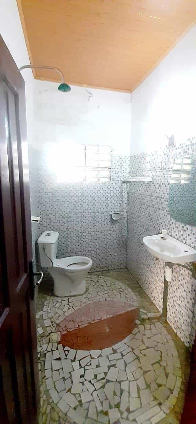 Apartment to rent - Douala, Kotto, Non loin du Carrefour des immeubles - 1 living room(s), 2 bedroom(s), 1 bathroom(s) - 90 000 FCFA / month