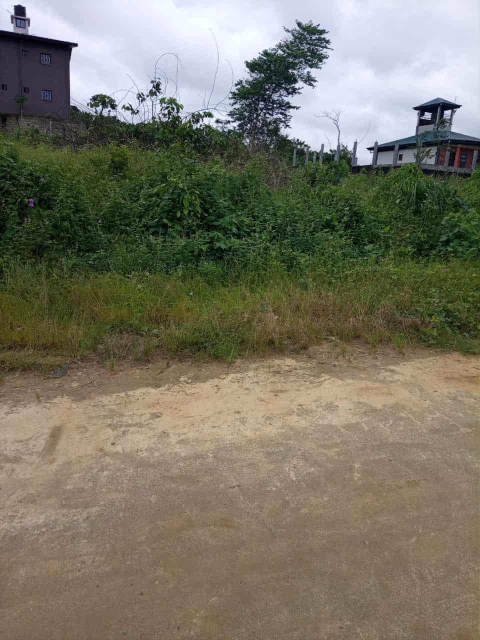 Land for sale at Douala, Yassa, Derrière le stade - 2040 m2 - 183 600 000 FCFA