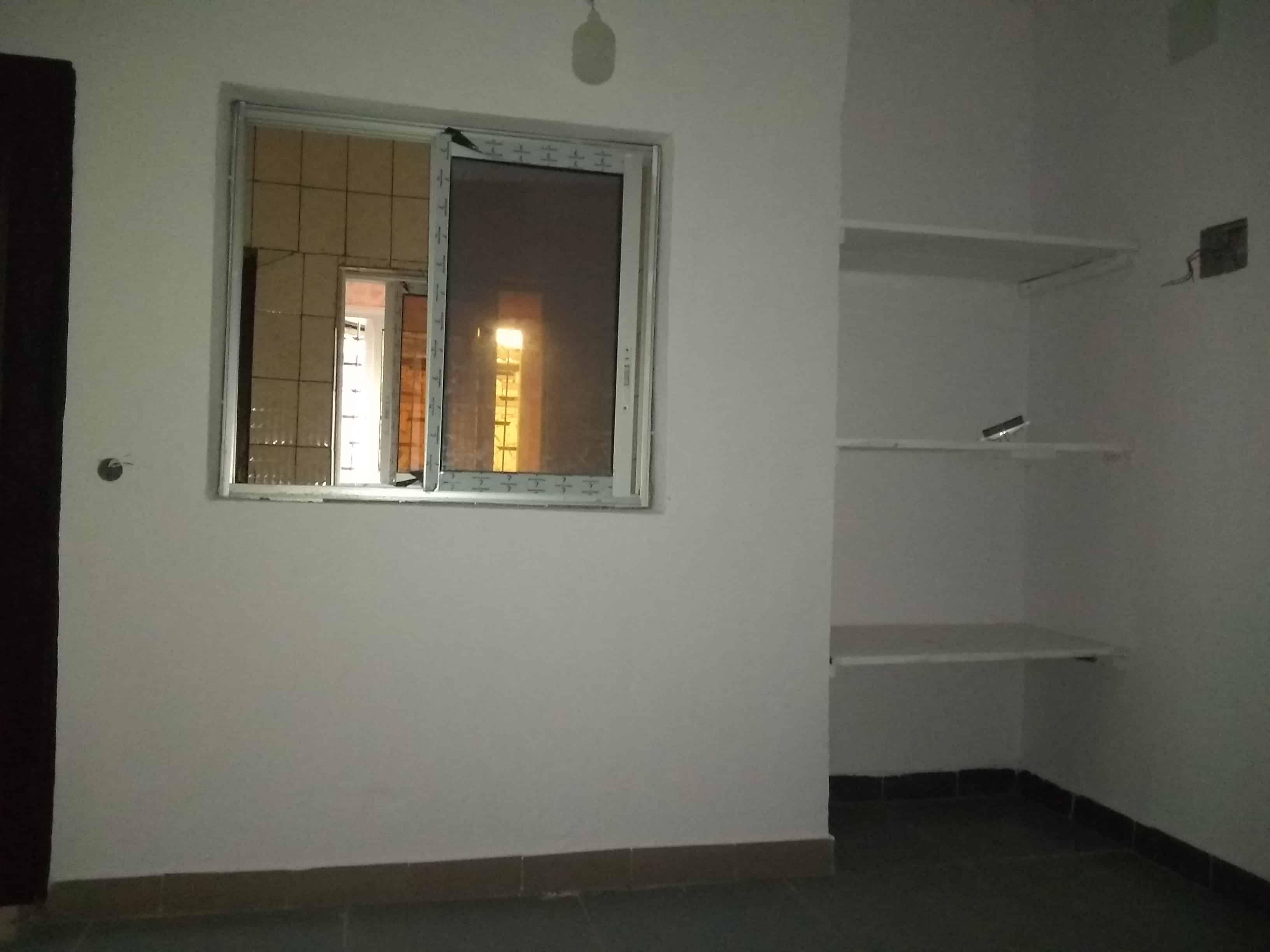 "Apartment to rent - Douala, Logpom, Carrefour"" Gabon bar"" - 1 living room(s), 1 bedroom(s), 1 bathroom(s) - 90 000 FCFA / month"