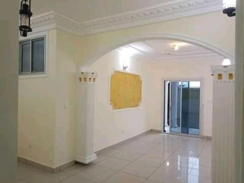 Apartment to rent - Douala, Yassa, Ver pariso - 1 living room(s), 2 bedroom(s), 2 bathroom(s) - 100 000 FCFA / month