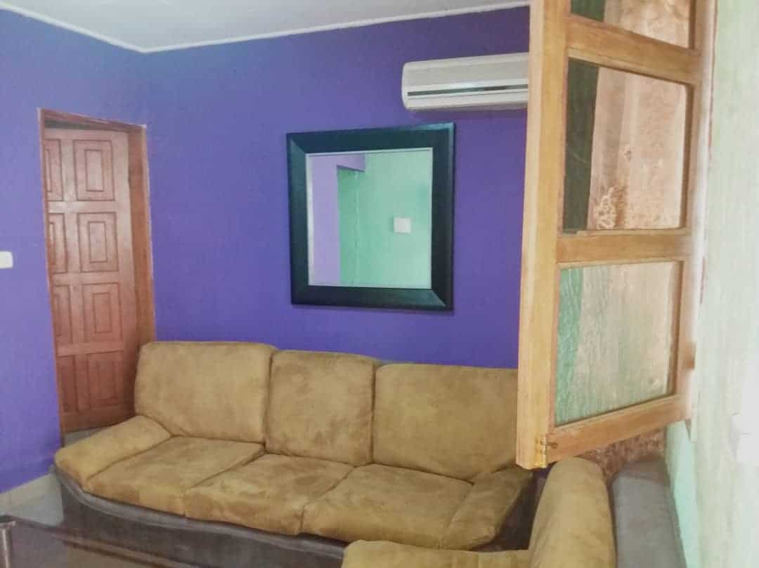 Apartment to rent - Douala, Ndogbong, Entrée Citadelle - 1 living room(s), 1 bedroom(s), 1 bathroom(s) - 20 000 FCFA / month