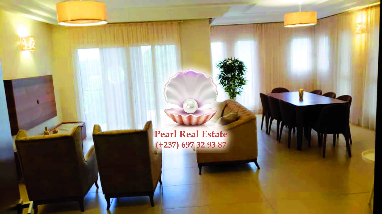 Apartment to rent - Yaoundé, Bastos, Bastos - 1 living room(s), 3 bedroom(s), 3 bathroom(s) - 2 000 000 FCFA / month