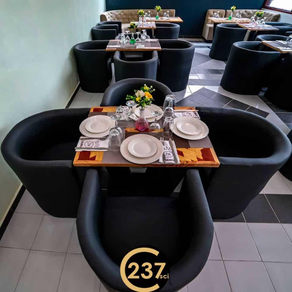 Shop to rent at Douala, Bonapriso, Espace commercial à louer à Bonapriso, Douala - 173 m2 - 1 100 000 FCFA