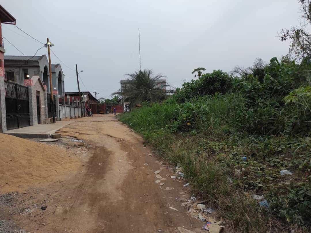 Land for sale at Douala, Logbessou I, 100 mètres après l'école les mauryvanas - 250 m2 - 15 000 000 FCFA