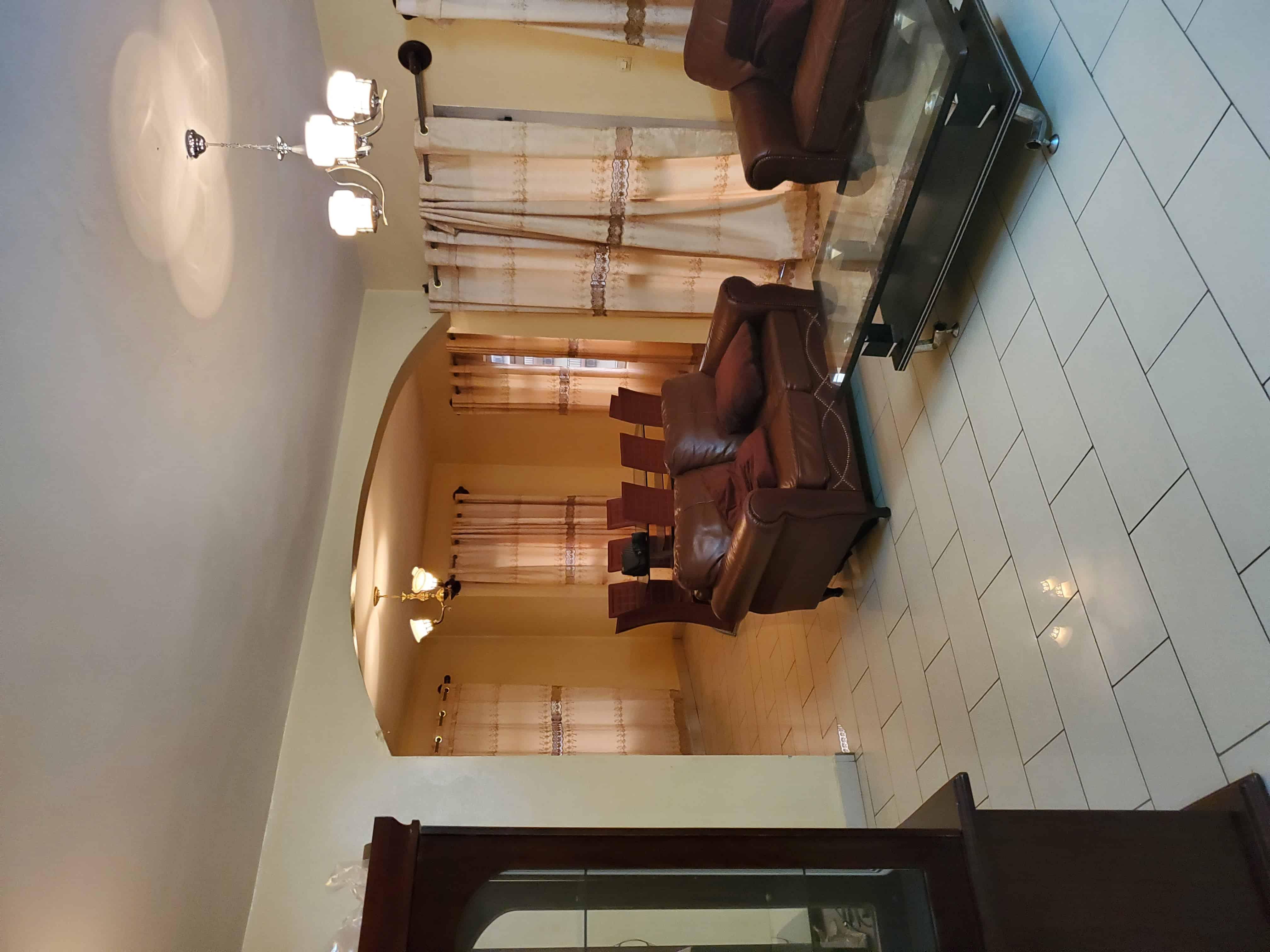 Apartment to rent - Yaoundé, Odza, Tradex/poste de police - 1 living room(s), 3 bedroom(s), 2 bathroom(s) - 20 000 FCFA / month