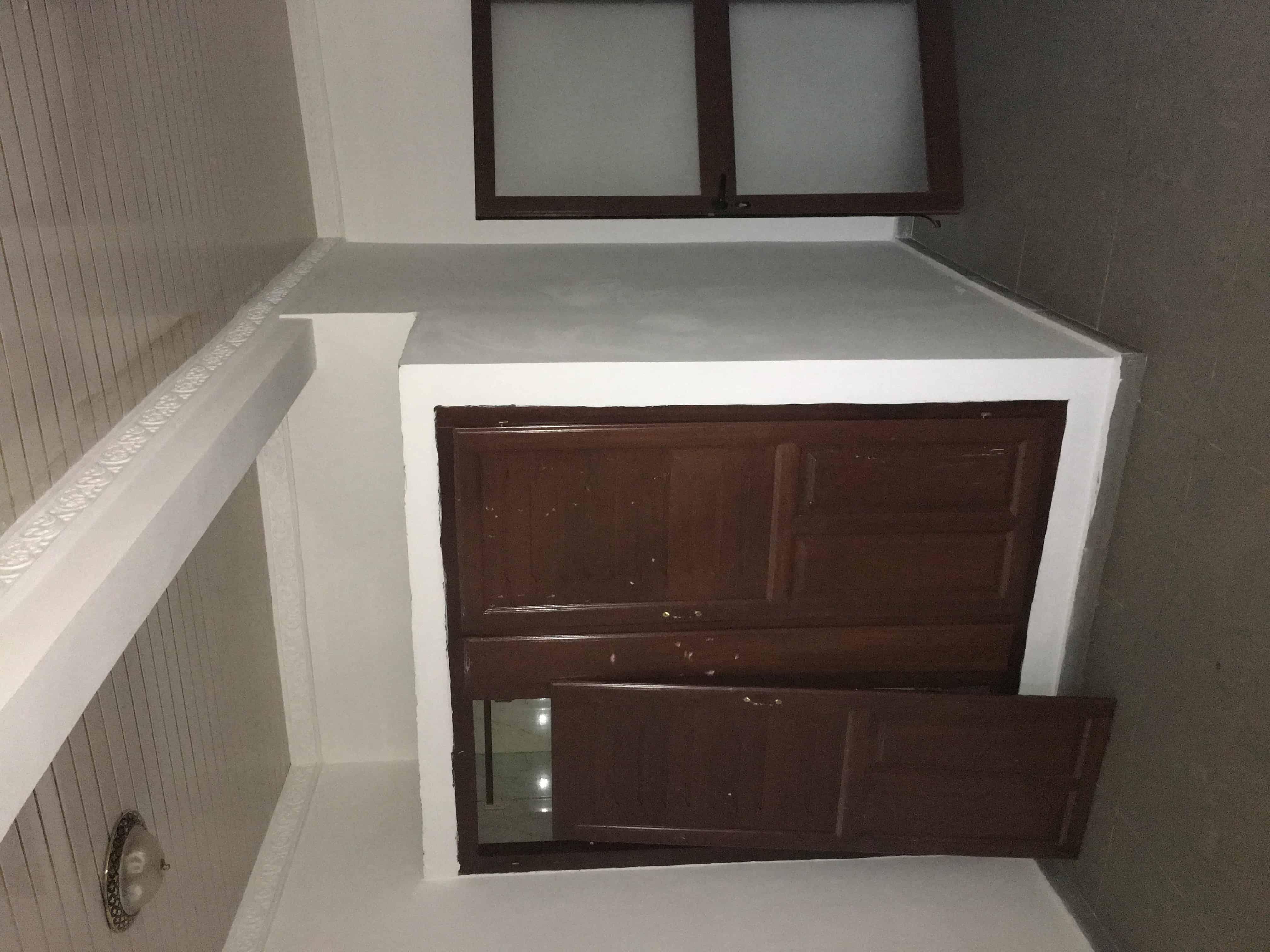 Apartment to rent - Yaoundé, Mfandena, Titi garage - 1 living room(s), 2 bedroom(s), 1 bathroom(s) - 175 000 FCFA / month