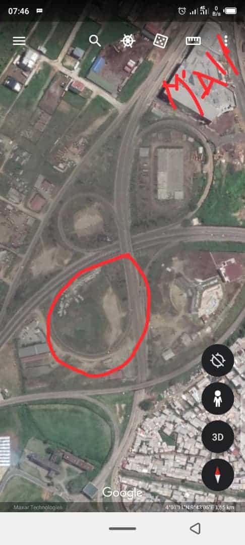 Land for sale at Douala, Nouvel Aéroport, C'est autour du grand mal - 6000 m2 - 1 500 000 000 FCFA